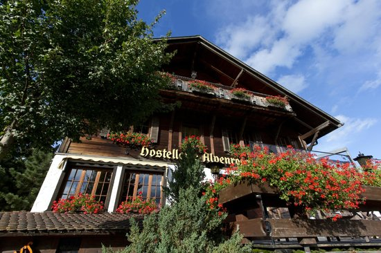 Hotel Alpenrose: hotel mit nachmittagssonne