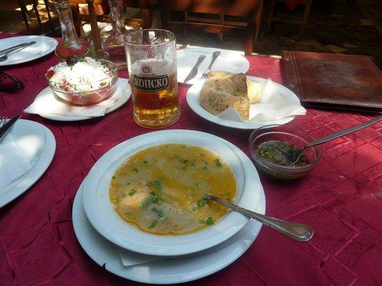 Restaurant Kaj Marsalot: Macedonian soup, salad and beer