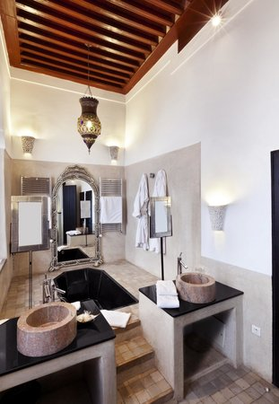 Riad Farnatchi: Bathroom Suite 3