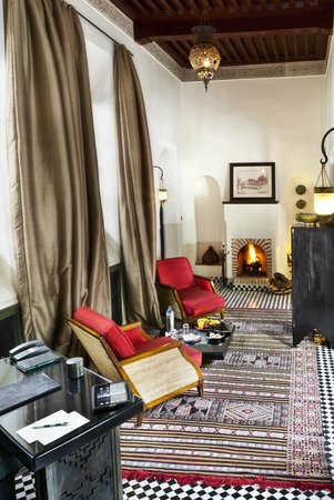 Riad Farnatchi: Sitting room Suite 3