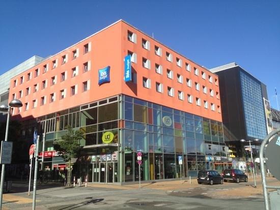 Ibis Budget Flensburg City: Ibis budget hotel am ZOB Flensburg