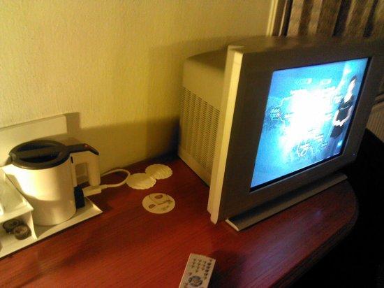 Le Dome Hotel: a esto le llaman TV plana de plasma