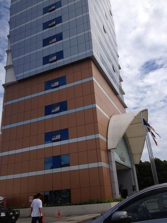 Felda Residence Kuala Terengganu: the hotel building
