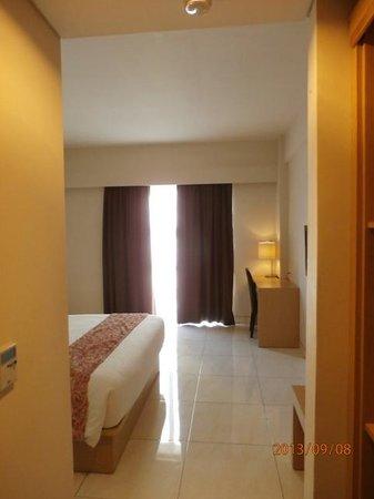 The Tusita Hotel : spacious room with big windows