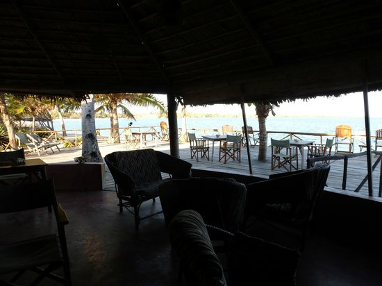 Kimbilio Lodge: view from the dining/bar area