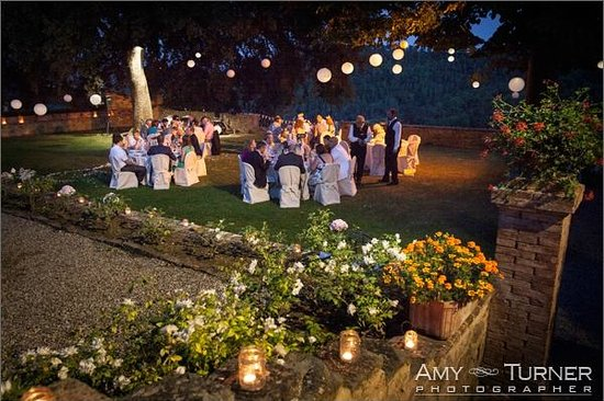Dievole: Wedding Breakfast in the Garden