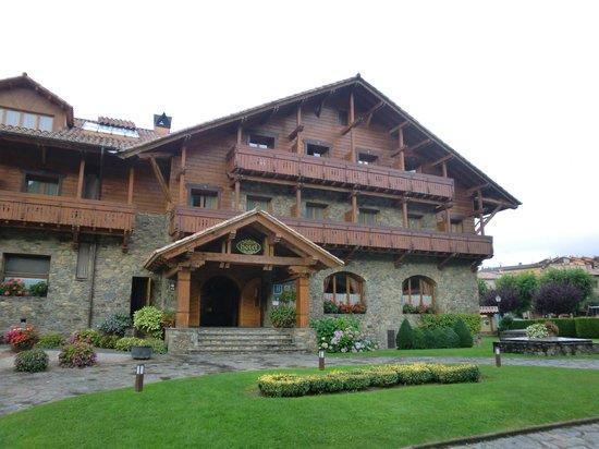 Hotel Grevol Spa: entrada hotel