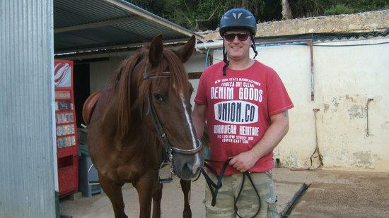 Centro Hipico Quinta da Saudade : simon with his horse