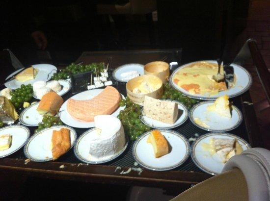 La Gentilhommiere : Le plateau de fromages inclus dans les menus