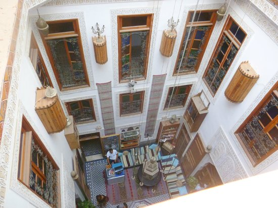 Riad Verus : Our room balcony, looking down into the courtyard