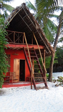 Evergreen Bungalows: the beach bungalow