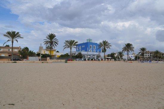 UR Azul Playa: hotel visto dalla spiaggia