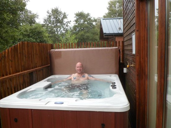 Forest Holidays Strathyre, Scotland: Hot tub heaven