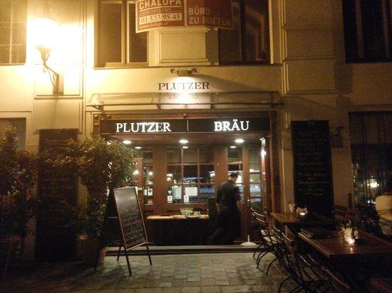 Plutzer Braeu : restaurant
