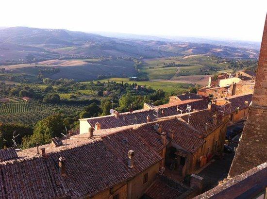 Agriturismo La Bruciata: View from Montepulciano  2km drive from La Bruciata