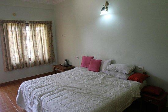 Cosy Regency: Room 103