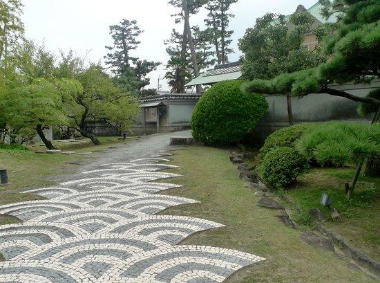 Tajiri-cho, Nhật Bản: 入口へのアプローチ