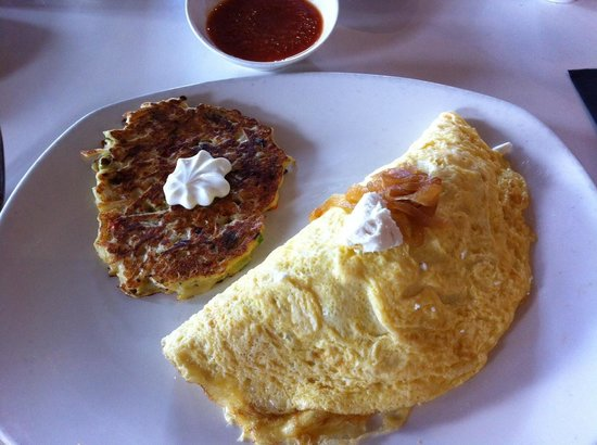 Goat cheese and bacon omelette with smoked gouda potato ...