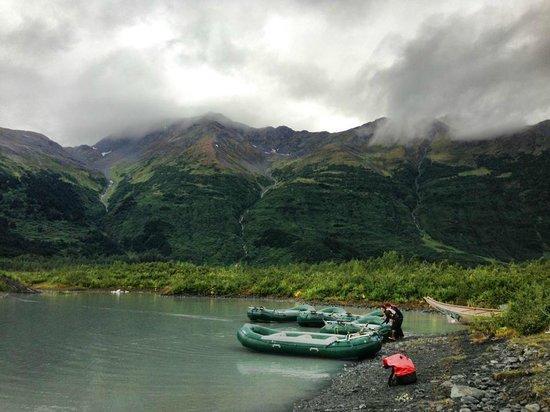 Chugach State Park: rafting at Spencer Glacier