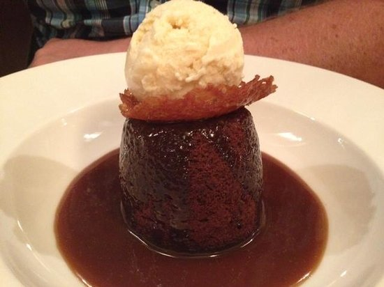 The Bull and Willow Room at Great Totham: Sticky toffee pudding
