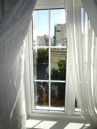 Catina Hotel: Out the window!