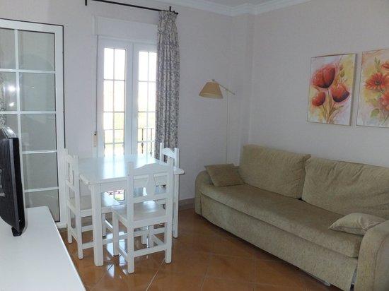 petit salon salle manger picture of leo san bruno isla canela tripadvisor. Black Bedroom Furniture Sets. Home Design Ideas