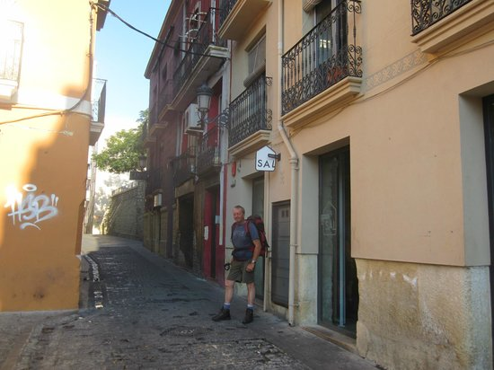 Rob outside Hostal de Sal
