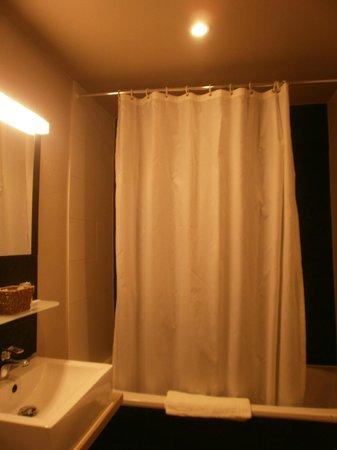 Maraboe Hotel : Baño