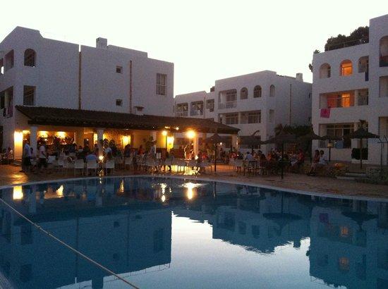 Prinsotel Alba Hotel Apartments: Piscina