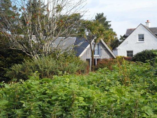 An Caladh: house on the shore