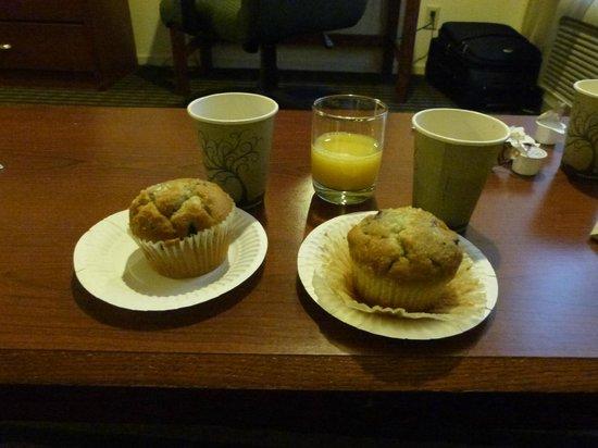 Buena Vista Motor Inn: Podes llevar el desayuno a la habitacion