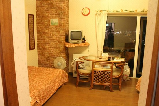 Pension Country Born: room