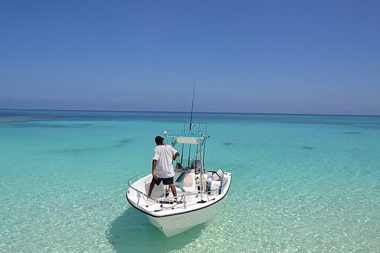 Tranquillity On The Bay Resort: boating in Crooked Island