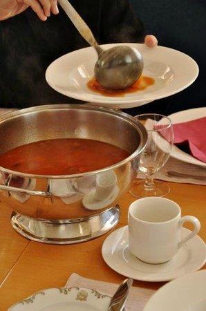 Hotel Reynihlid: goulash