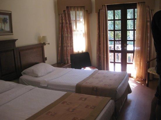 Yucelen Hotel Gokova: Vores værelse