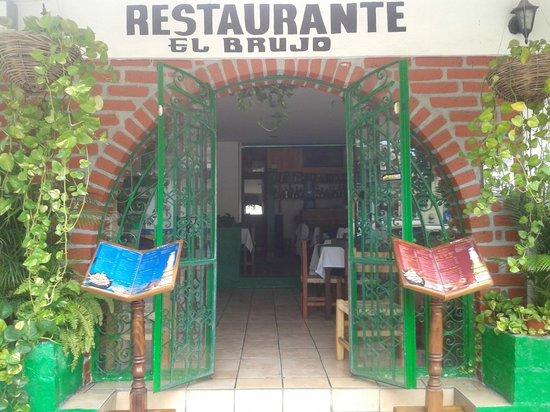 El brujo Vallarta: Bienvenidos
