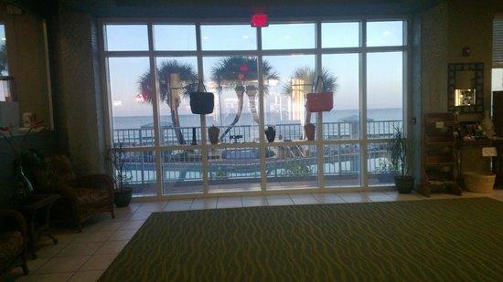 Palmetto Inn & Suites: Hotel Lobby - Nice