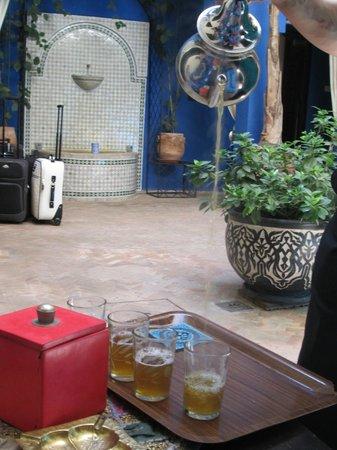 Riad La Rose Du Desert: Chá de menta para nos receber