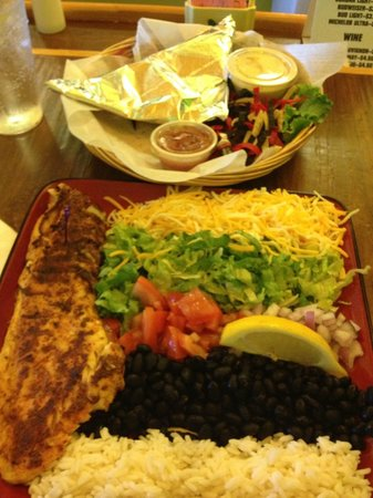 Buxton Munch Company: Assemble your own fish tacos....oh my goodness, so good!