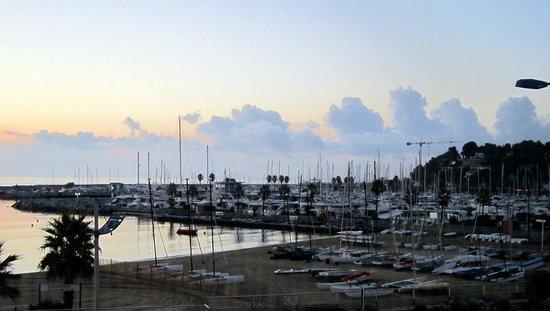 Hotel Les Alizes: le port de plaisance