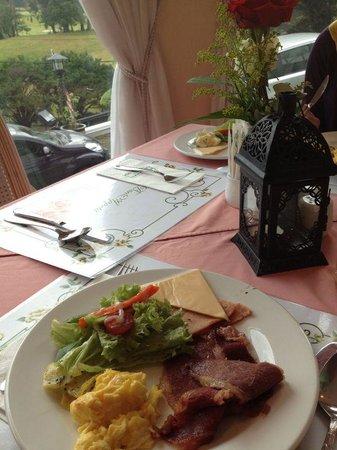 Casa dela Rosa Hotel: Breakfast ;)