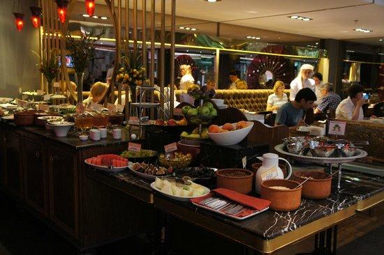Hotel Sultania: Frühstücksbüffet