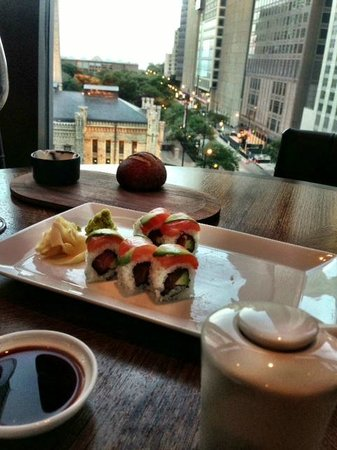 NoMI Kitchen: Sushi Roll