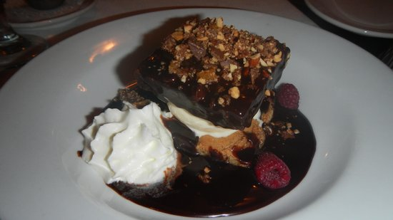 Foothills Milling Company: Brownie with Home-Made Ice Cream