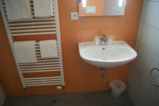 Le Soleil D'or : Salle de bain