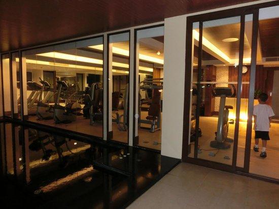 Movenpick Resort Bangtao Beach Phuket: View of Hotel Gym - Small but new lean machines