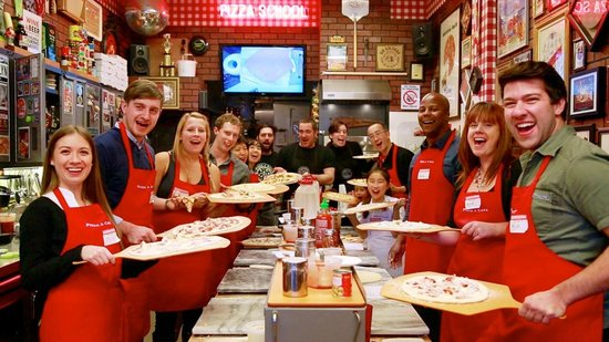 Pizza a Casa Pizza School : Pizza school is in session!