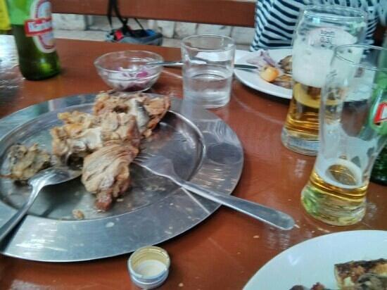 Vidikovac Levanda : assiette d'agneau