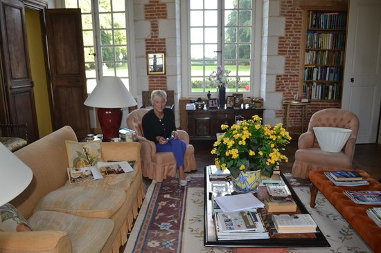 Chateau de Saint Maclou la Campagne: Sitting in the drawing room