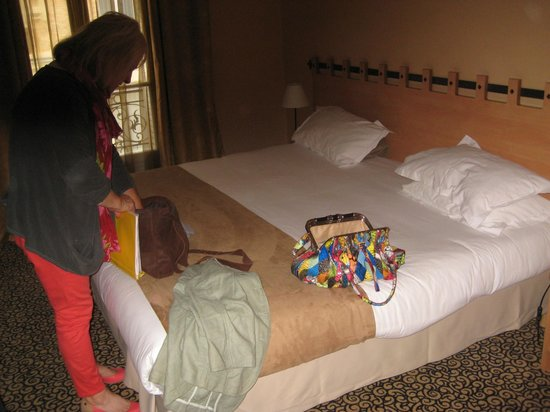 Hotel Palym: A comfy bed.